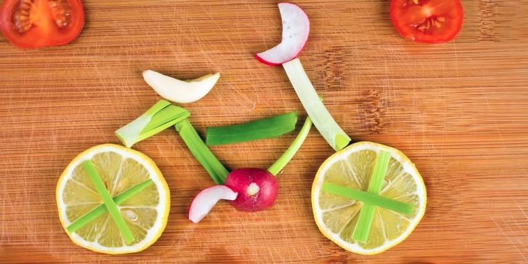 Stile di vita sano: dieta equilibrata e attività fisica per bruciare calorie
