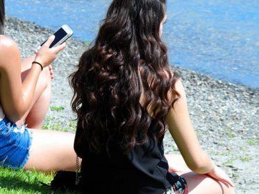 Come avere i capelli mossi: 5 trucchi